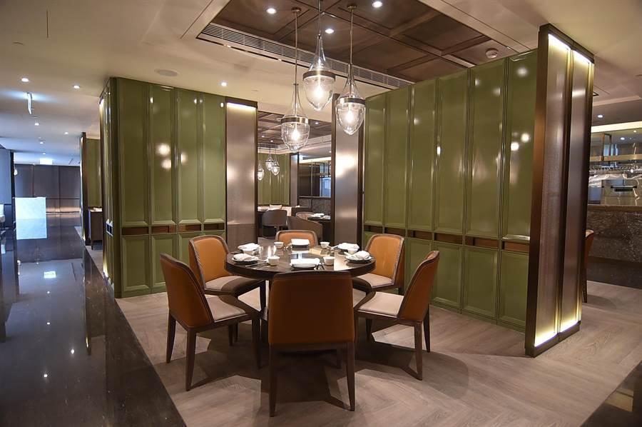 台北新板希爾頓酒店館內中餐廳〈青雅〉,標榜以在地食材烹「新台灣料理」。(圖/姚舜)