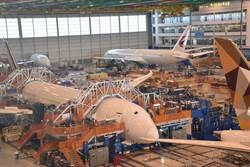 長榮787交機一波三折 波音南卡廠難得曝光