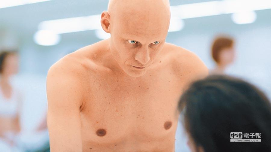 瑞典男星托瑪斯雷馬奎斯參演過《X戰警:天啟》等電影。(海鵬影業提供)