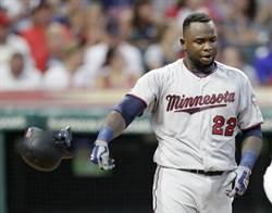 MLB》雙城明星三壘手 臨檢逃逸撞斷警察的腿