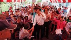 陳其邁鐵人行程 跑遍大旗美山區與農民搏感情