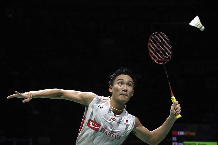 目前羽球男单世界第一桃田贤斗,是少见的左手持拍好手。(资料照/美联社)