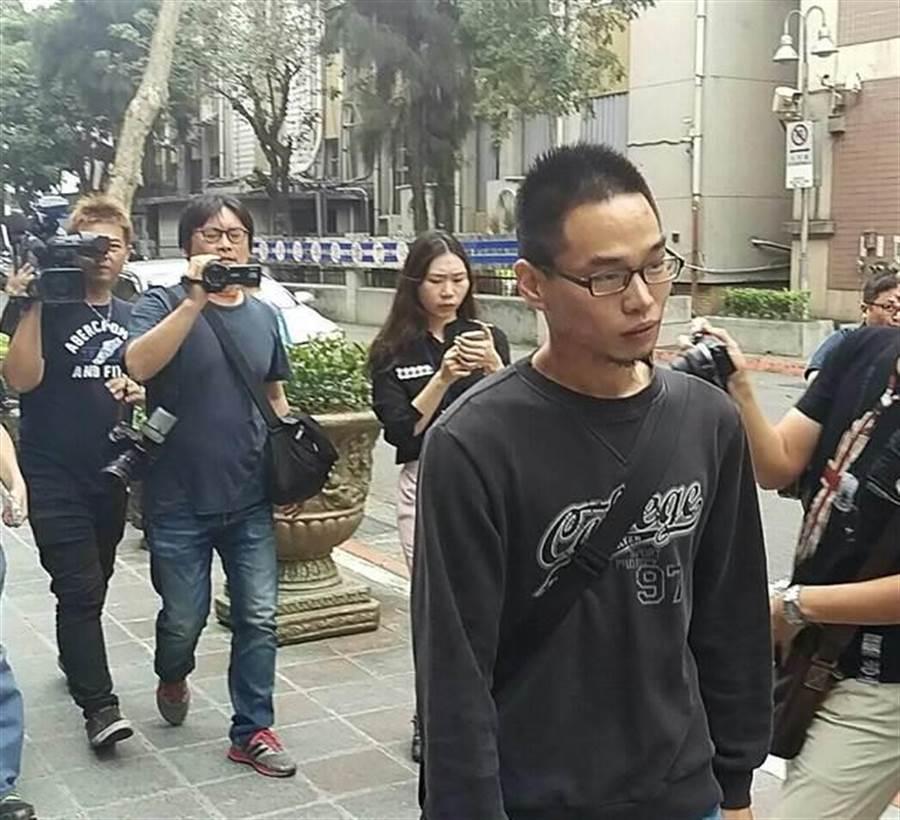 開車撞死清大「物理奇才」林仲桓的胡家瑞因非法擁槍遭起訴。(本報系資料照片)
