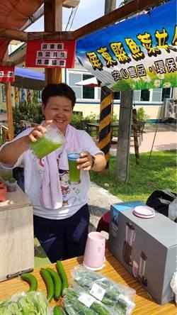 中年婦人透過勞動部任行銷推廣員  開發有機蔬果冰沙受歡迎
