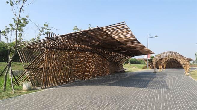 桂竹搭成的竹構藝術大道,讓民眾有更舒適的戶外步行體驗。(故宮南院提供)