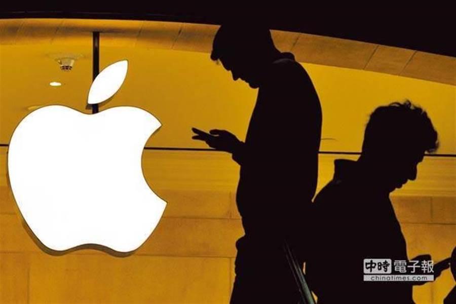 謝金河認為,現在蘋果可能無法辦法撐起台灣電子產業半邊天。(新華社)