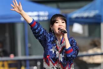 台語歌手登韓球場演唱第一人 談詩玲獻唱韓棒球員熱情伴舞