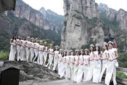 混血演員李棠霓奪選美亞軍 兩岸佳麗唱〈阿里山的姑娘〉