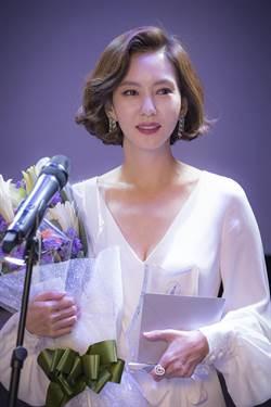 女星霸氣奪「韓版金鐘」視后 神切換主播聲道被讚爆