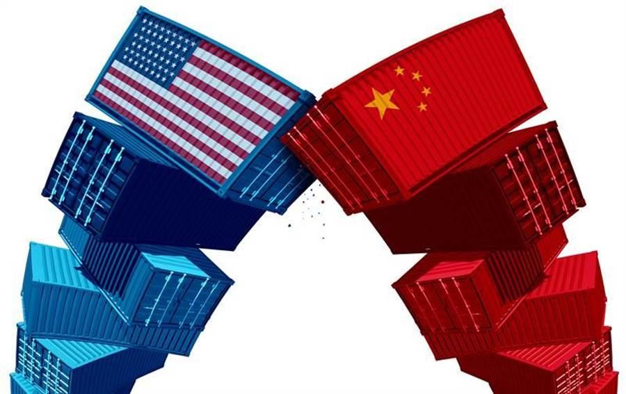美國發動貿易戰打擊中國,並非真想徹底離開,而是想要透過改變中國人的貿易行為,賺取更多金錢。(示意圖/Shutterstock)