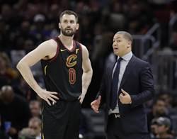 NBA》騎士開幕輸暴龍 洛夫賽後跟泰隆盧道歉
