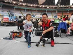 6歲天才童日機器人奪獎 自製格鬥人桃園PK