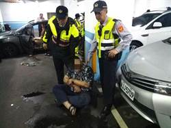 毒蟲拒檢逃逸撞警車 基隆勇警開4槍逮人