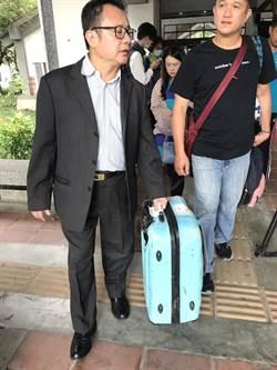 外甥女搭上死亡列車 前立委賴坤成協助認領行李箱