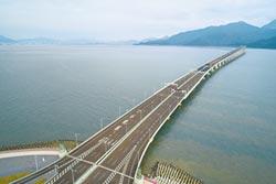 港珠澳大橋今開通 台商拚轉型