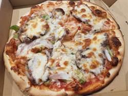 台式食材香料混搭 岩烤義式披薩薄皮脆又香