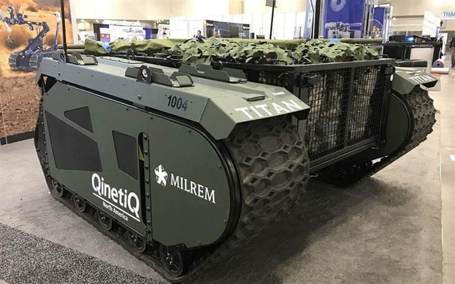 泰坦無人戰鬥車可以安裝多種模組以進行不同的支援或打擊任務。(圖/Merlim)