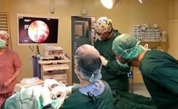 斐濟人體型胖多呼吸好難 國泰醫療團攜先進醫材救命