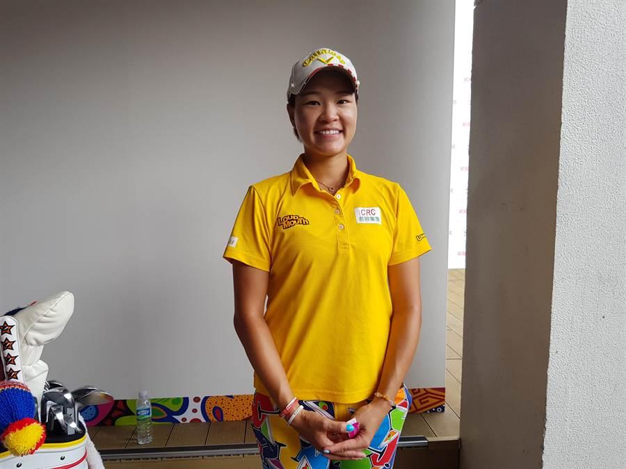 劉依貞的父親劉俊業是籃球教練,母親覃素莉是前女籃國手,她卻沒有跟著父母腳步走上籃球路,而是成為職業高爾夫選手。(陳筱琳攝)