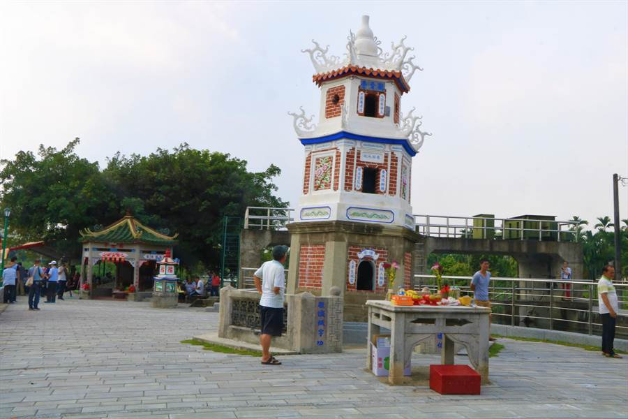 竹田鄉糶糴村達達港水岸環境場域工程完工,不僅保存六堆客家文化,更有望提高在地觀光。(謝佳潾攝)