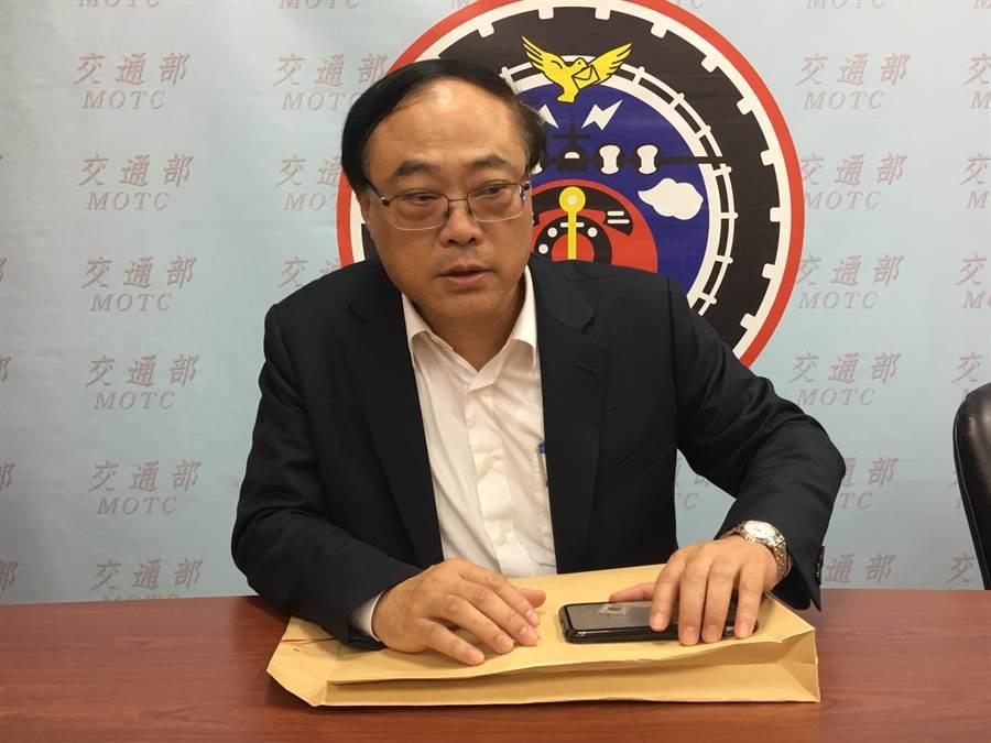 對於觀光局長周永暉是否接任台鐵局長,交通部長吳宏謀語帶保留。(資料照片)