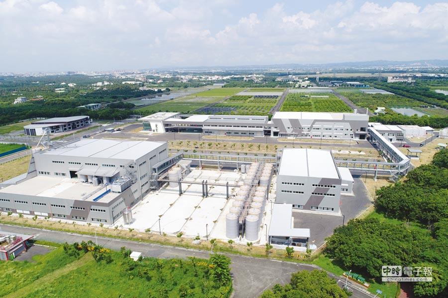 占地15,000坪的萬家香農科廠,壯麗落成。圖/業者提供