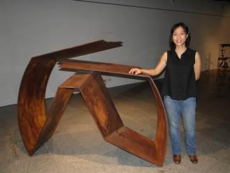 花蓮》吳奇娜鐵雕展  鐵雕作品展現原始感與堅毅力量