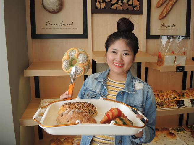 「Bake Code烘焙密碼」根深竹北社區,希望當在地民眾的好鄰居。(邱立雅攝)