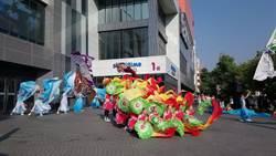 喜迎台中踩舞祭!台南應用科大快閃秀泰站前廣場舞力全開