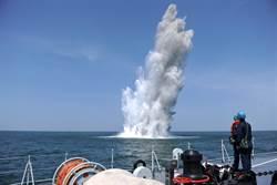 美軍專家:無需導彈轟炸機 共軍用水雷就能封鎖台灣