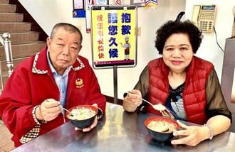 35年老店李仔哥爌肉飯的赤肉羹 吸引外縣市慕名來品嚐