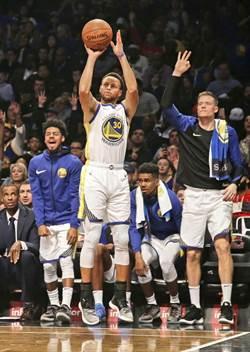 NBA》單季500顆三分球 柯瑞能創奇蹟嗎?