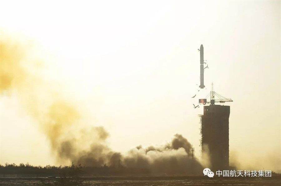 長征二號丙運載火箭成功發射中法海洋衛星。(翻攝自中國航天科技集團微信公眾號)