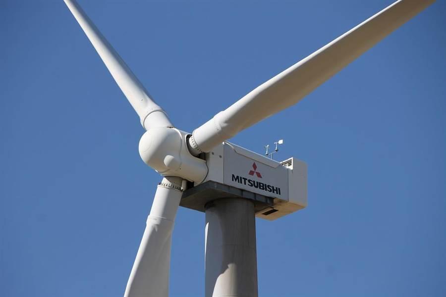 日本政府在福島2號電廠外海安裝巨大的風力發電機,但是不具效益,決定拆除1具。(圖/三菱重工)