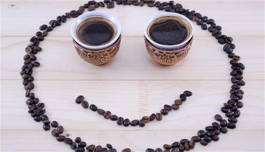 咖啡有益健康,護眼、減重、降血壓,都是因為這個抗氧化物:綠原酸。(圖/Shutterstock)