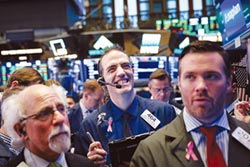 全球股市本益比下滑 買點到