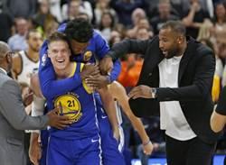 NBA》科爾:考辛斯明年就會離開勇士