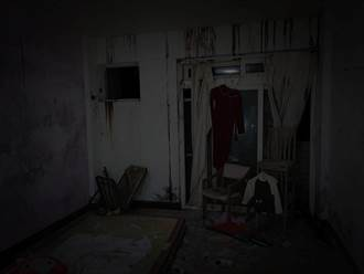 夜探廢棄山莊 窗口驚現女子窺探倒影 網友:不要腦補