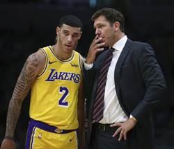 NBA》表現不佳還與教頭意見不合 球哥為自己辯解
