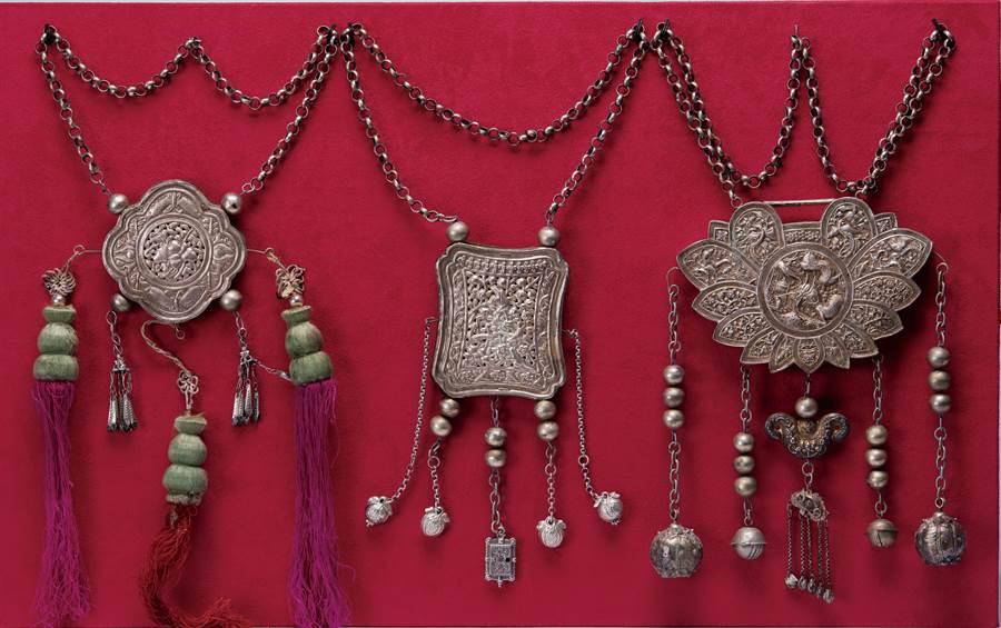 王水衷捐贈的文物,可以觀察到歷史進程中的工藝技術與材質變化。(李金生攝)