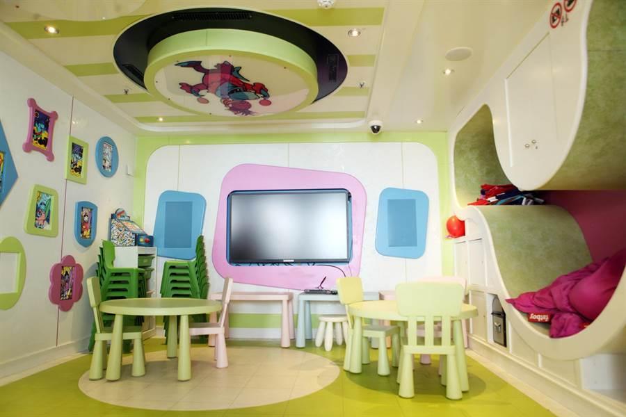 針對親子旅客設計的「思高兒童俱樂部」,以多樣化體驗課程吸引孩童。(圖片提供/歌詩達郵輪)