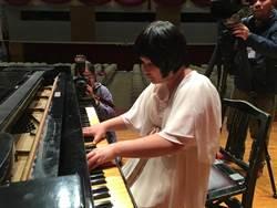 音樂跨越身體障礙 8身障鋼琴家為國出征