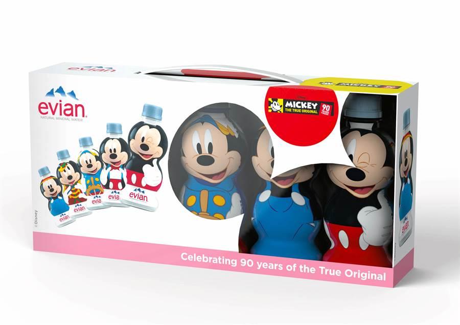 「evian® Mickey Mouse 90週年經典公仔系列」5入組,售價299元/組。(圖片提供/ evian®)