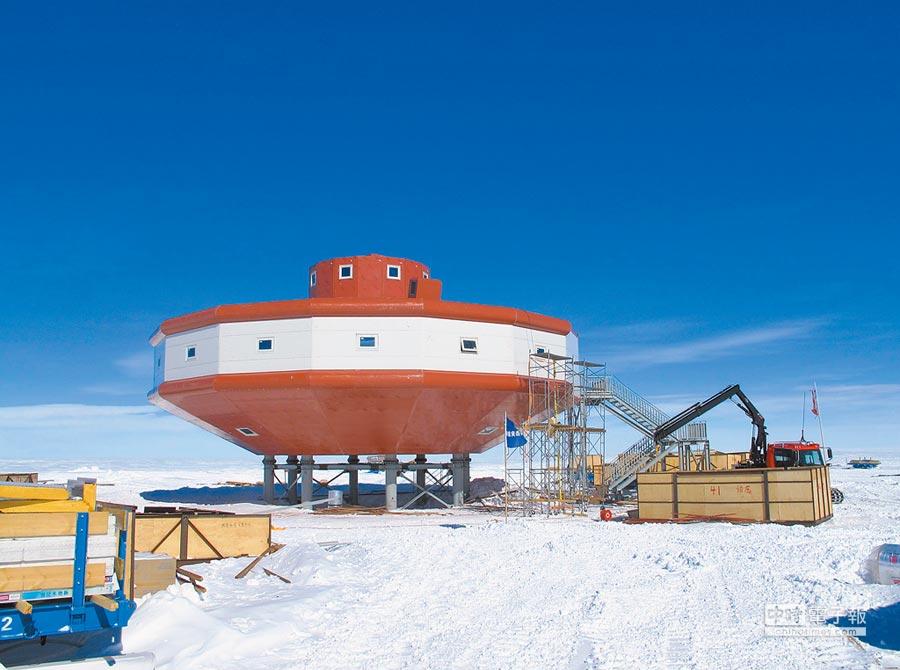 大陸南極泰山站主體建築。(新華社資料照片)