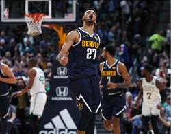 NBA》莫瑞豪取48分生涯新高 金塊砸昏綠衫軍摘5連勝