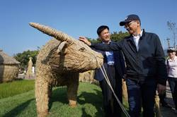 台中》游錫堃參觀台中花博 稱讚林佳龍「以自然為師」