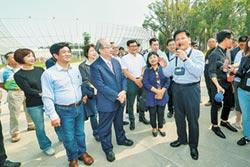 立院民進黨團訪花博 龍化身一日導覽員