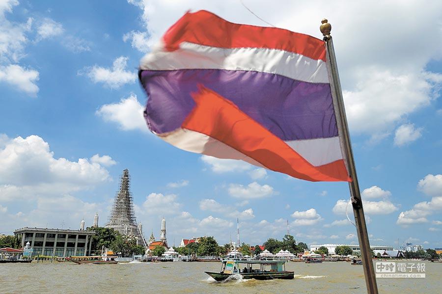 泰國政府召開內閣會議,確定包括台灣在內21個可申請落地簽證的國家,自12月1日起2個月免收簽證費用。(黃世麒攝)