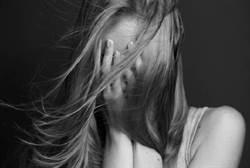 狼父性侵女兒696次 判囚20年半定讞