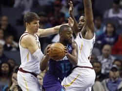 NBA》騎士企圖出清「二老」 沃神:換不回首輪籤